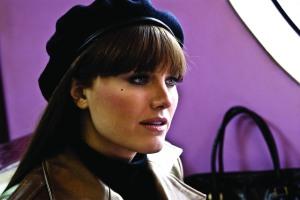 Malin Ackerman, como Silk Spectre II, con una belleza inusual en el film
