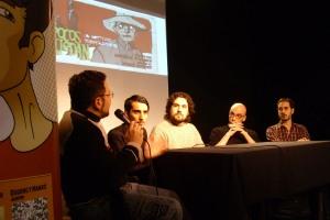 El plantel de Factum Comics, presentando la iniciativa.