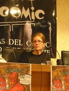 Laura Vazquez Hutnik, durante la presentación de Historias Corrientes en Unicomic