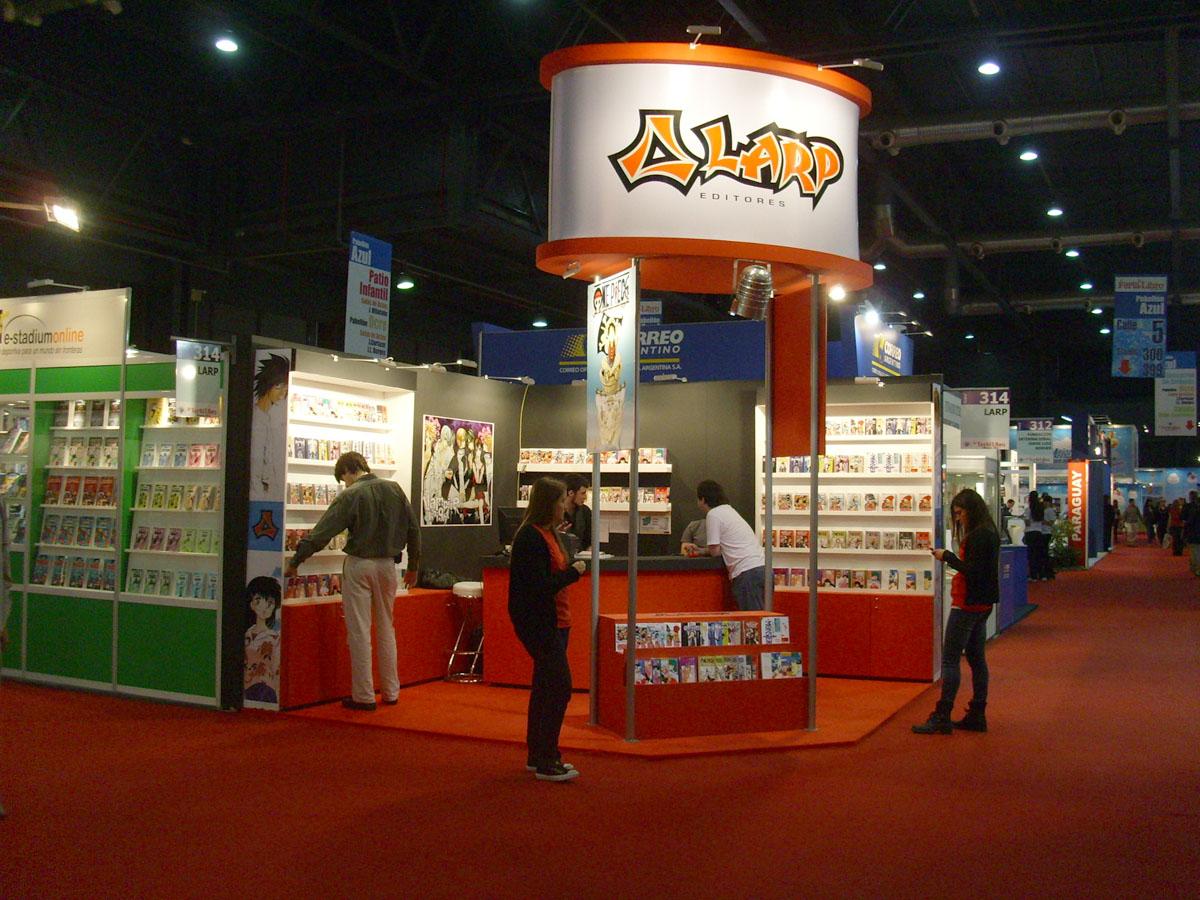 El C Mic En La Feria Del Libro Cuadritos Periodismo De