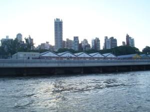 El CEC, visto desde el río