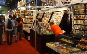 Ningún stand es unívoco: en Plan-T también hay libros nacionales, además de cómic de DC