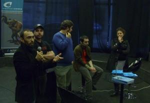 Los editores Peruzzo, Santullo y Leguisamo, flanqueados por un funcionario de los Fondos de Incentivo y una de los Fondos Concursables