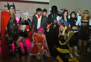 El desfile de personajes extrañó y divirtió a los puntanos durante San Luis ComicCon.