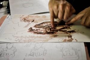 Los dibujantes trabajaron en vivo en el patio de comidas del shopping